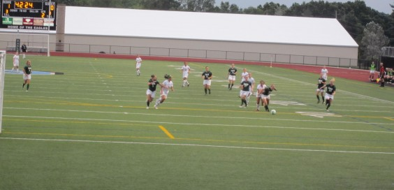 Women's soccer evened its record to 1-1 after a win over Illinois Wesleyan.