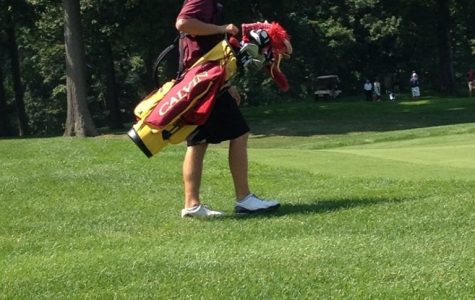 Men's golf finishes fifth in opening tourney