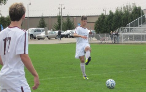Men's soccer beats Trine and Albion, improves to 2-1 in MIAA