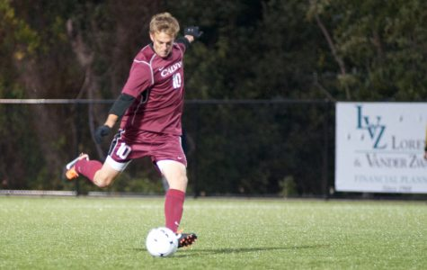 Knights soccer falls in Souders' return to Wheaton