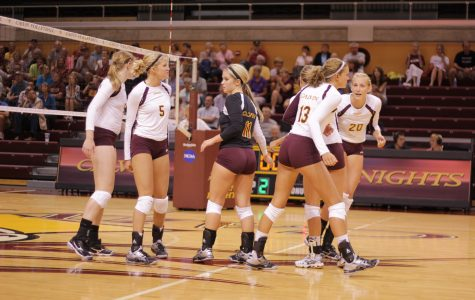 Volleyball suffers first loss, moves to 11-1 record