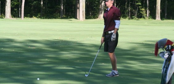 Junior Jake Hoogstrate tied for seventh individually. Photo courtesy calvin.edu.