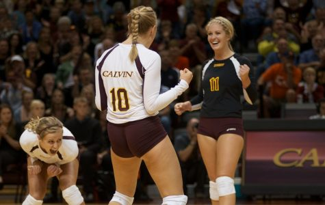 Volleyball improves to 17-1, undefeated in MIAA