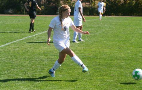Women's soccer continues MIAA lead