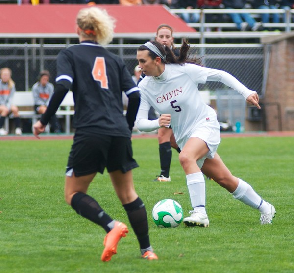 Paige Capel scored a goal 19 seconds into overtime, pushing the Knights to the second round of the NCAA.