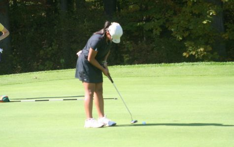 Women's golf finishes season fourth in MIAA