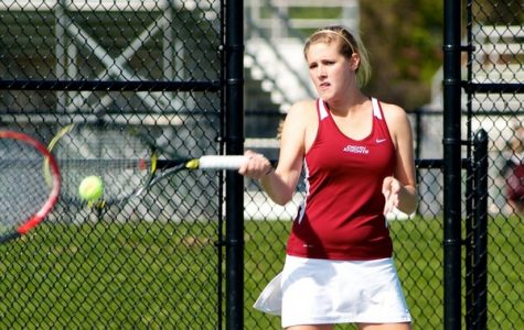 Women's Tennis beats Trine and St. Mary's