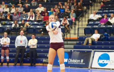 Women's volleyball stays perfect this season