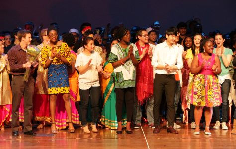 Rangeela performance helps audience 'see beyond the veil'