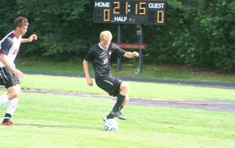 Men's soccer awaits conference play