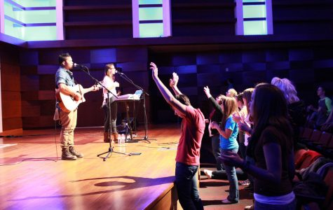ReigKnight helps vary students' worship experience
