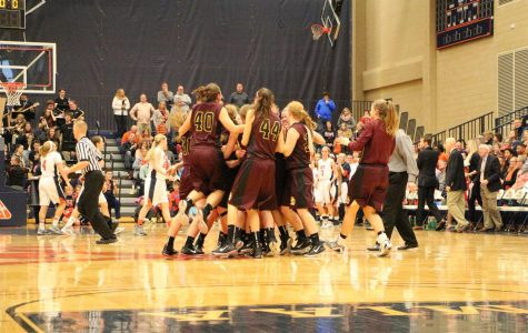Women's basketball triumphant at DeVos