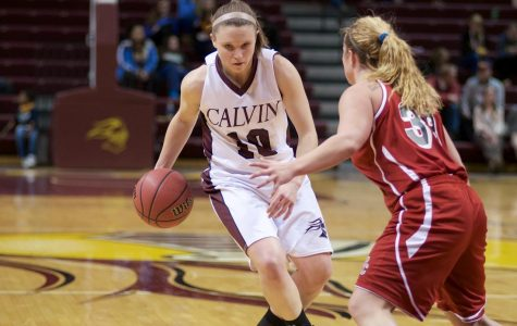 Women's basketball breaks records to open MIAA tournament play