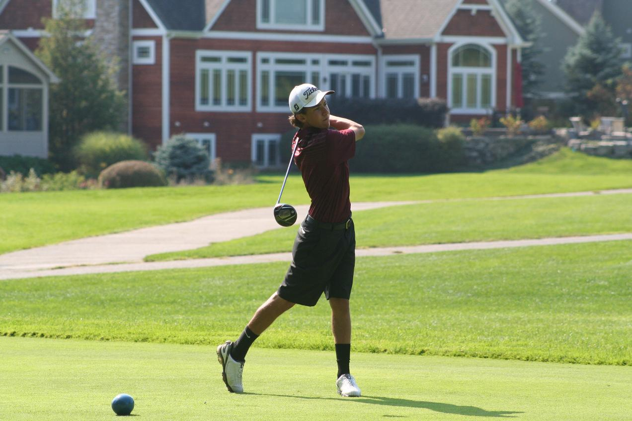 Photo courtesy Calvin Men's Golf