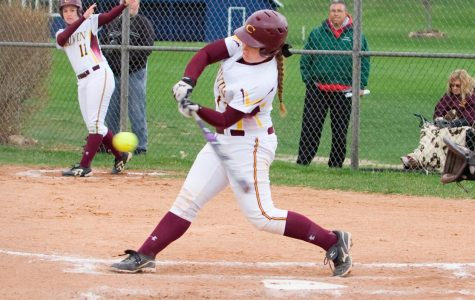 Softball looks to finish season against Olivet on a high note