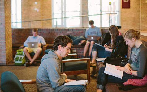 Student senate raises nearly $50,000 internally to renovate library lobby