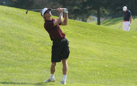 Men's Golf Starts Season with First Place Finish