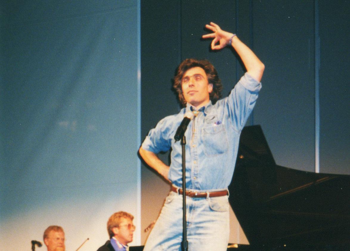 David Lockington near the beginning of his tenure with the Grand Rapids Symphony. Photos courtesy John Varineau.