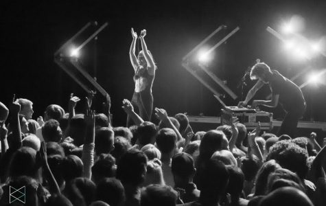 Sylvan Esso steals hearts with genre-bending pop