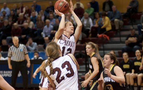 Women's Basketball begins their season undefeated