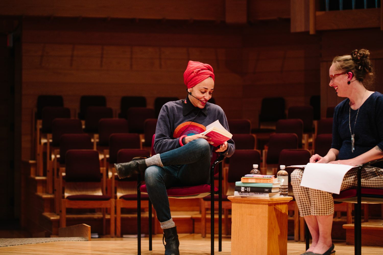 Professor Jane Zwart interviews Zadie Smith. Photo by Lisa Beth Anderson.