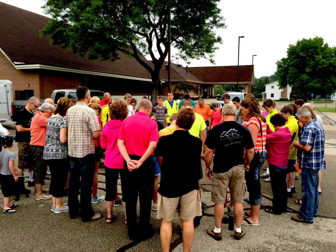 Covenant CRC gathers outdoors to pray. Photo courtesy Covenant CRC.