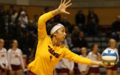 Women's volleyball finishes undefeated in conf.