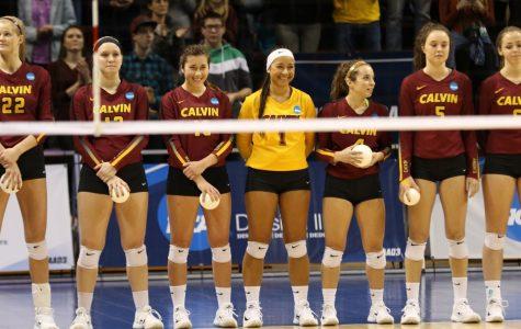 Women's volleyball falls at semifinals