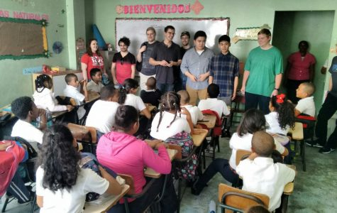 Computer science students bring Raspberry Pi to schools in the Dominican Republic