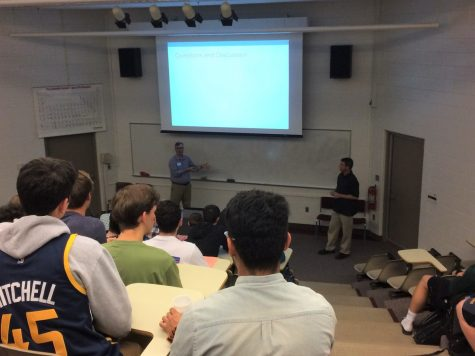 Engineering dept seminar offers grad school advice