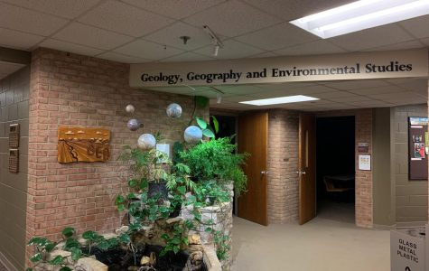 GEO dept offers geographic information systems certificate