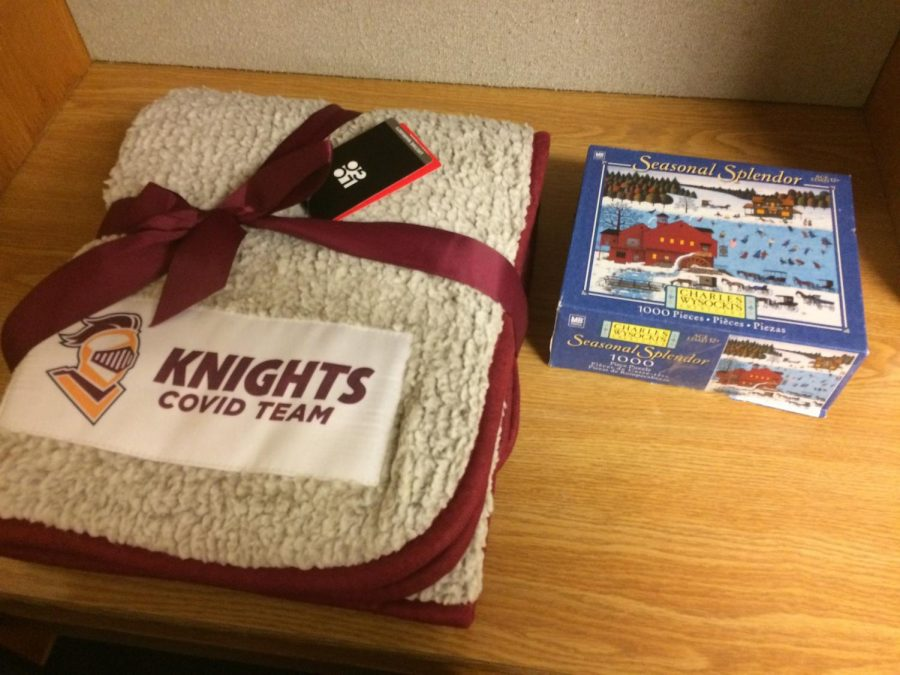 Students in isolation receive a Calvin blanket and puzzle. (Photo by Katherine Benedict)