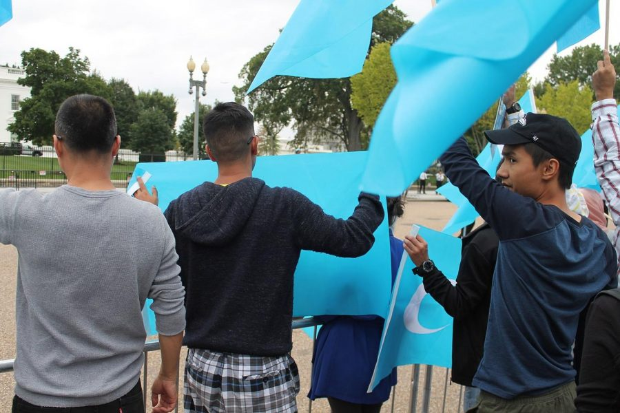 Protesters advocate for Uyghurs outside of the White House in 2015