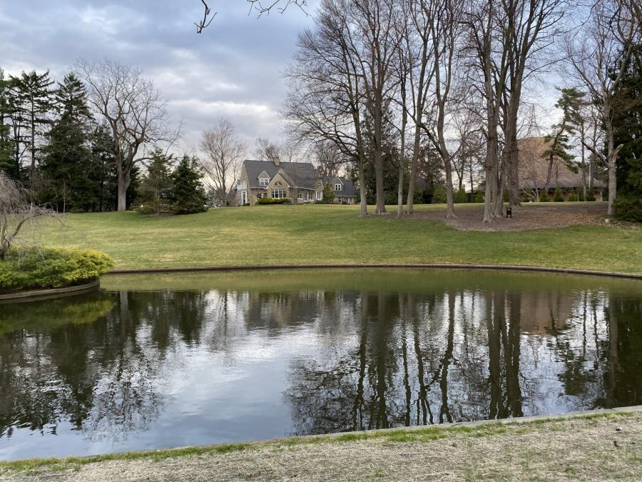 An outdoor service will be held at the Seminary Pond on Easter Morning.
